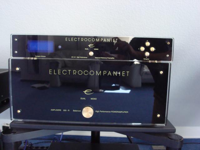Electrocompaniet_EC_4.8__AW250R_003.JPG