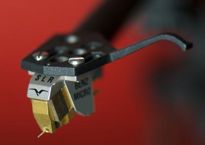 Benz-Micro_SLR_Gullwing.jpg