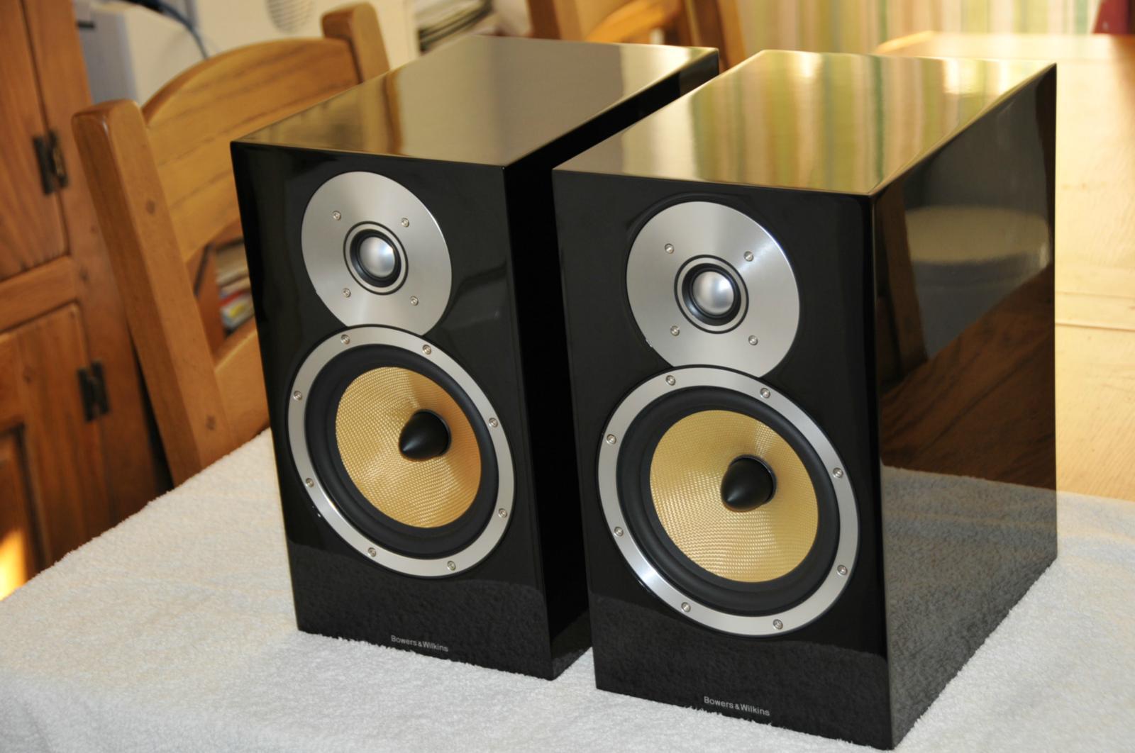 For sale 4 x b amp w cm1 piano black