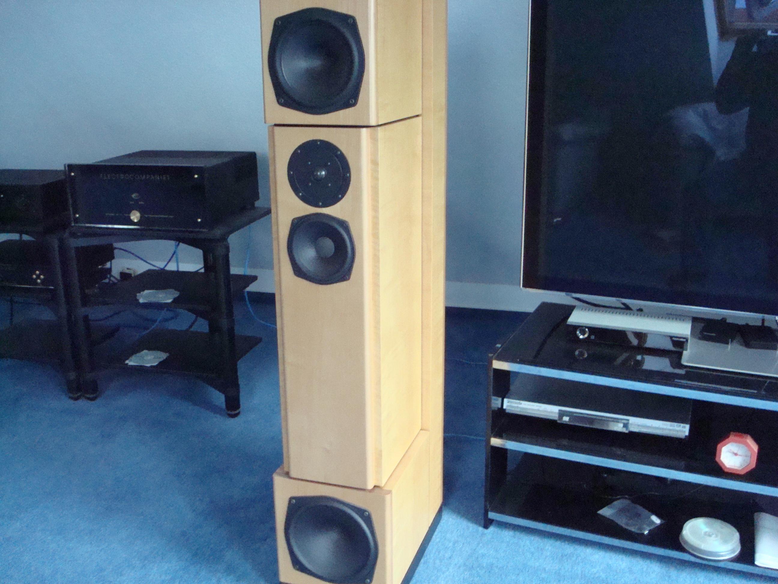 high end lautsprecher hgp lyra sonova buche hell topzustand gebraucht kaufen highend. Black Bedroom Furniture Sets. Home Design Ideas