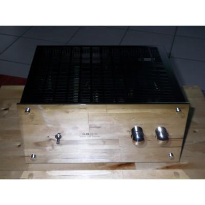 lua 4040c r hrenverst rker in bestzustand gebraucht kaufen highend. Black Bedroom Furniture Sets. Home Design Ideas